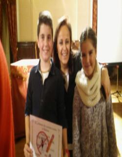 Cuentos sobre la malaria, organizado por Cáritas. Elena Gómez Toledano e Iván Mora Molina, fueron premiados.